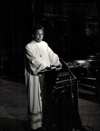 Bishop Barbara Harris preaches at Church of the Advocate