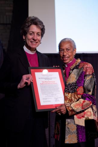 Bishop Barbara Harris presents PB with ECM award