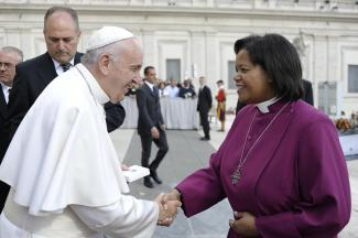 Greeting with pope francis a highlight for bishops suffragan in rome pope francis greets bishop harris m4hsunfo Image collections
